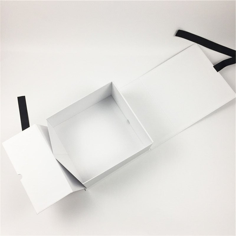 foldable gift box