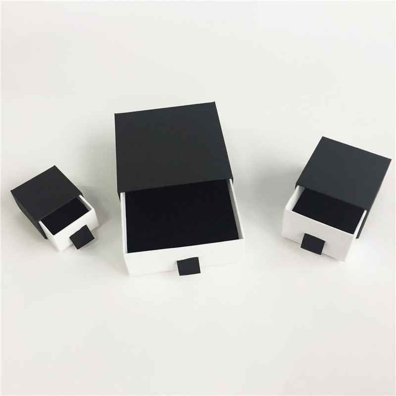 Black slide match box