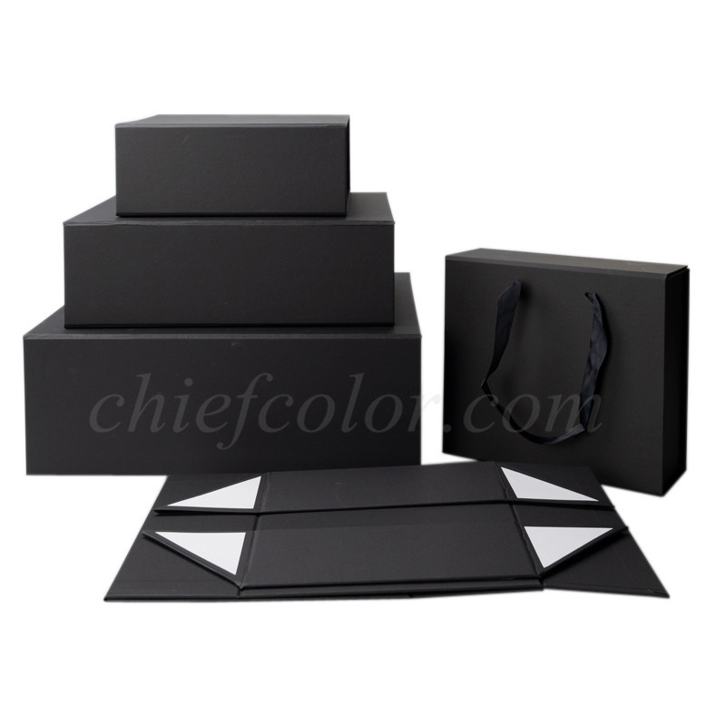 Easy Black Luxury Retail Packaging Box Magnetic Closure
