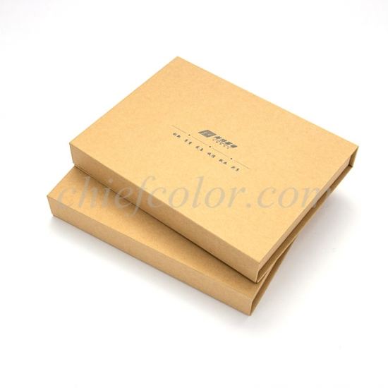 Custom Made Recycled Kraft Gift Box With Hinged Lid