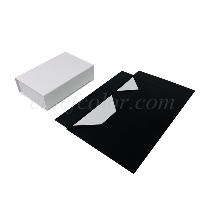 Black and White Magnetic Foldable Kraft Gift Boxes