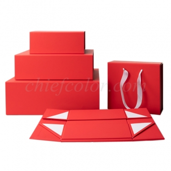 Matt Red Kraft Magnetic Closure Gift Box Wholesale